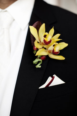 Boutonnieres, Midwest Real Weddings