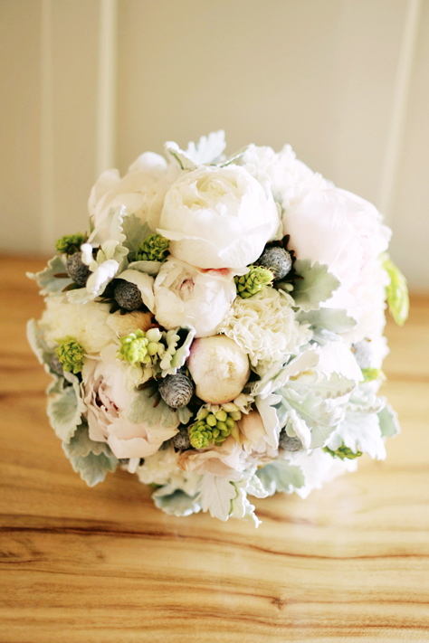 Flowers & Decor, Real Weddings, Wedding Style, pink, Bride Bouquets, Eco-Friendly, Classic Real Weddings, Eco-Friendly Real Weddings, Classic Weddings, Eco-Friendly Weddings, Romantic, Grey, bridal bouquet, Peonies, Simple, Fresh, Light, Airy, Romantic Weddings