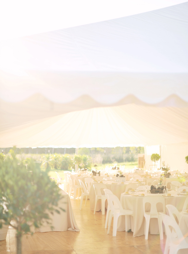 Reception, Flowers & Decor, Real Weddings, white, Eco-Friendly, Romantic, Tent, Simple, Fresh, Light, Airy