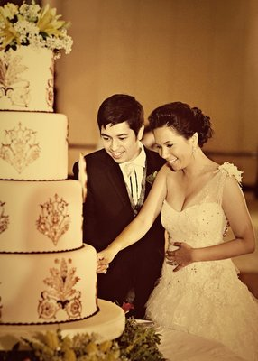 Cakes, Destinations, Real Weddings, Wedding Style, Asia, Cultural, Wedding Cakes, cultural weddings, cultural real wedding