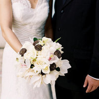 Flowers & Decor, Real Weddings, Wedding Style, white, brown, black, Bride Bouquets, Beach Real Weddings, Classic Real Weddings, Beach Weddings, Classic Weddings, Beach Wedding Flowers & Decor, Classic Wedding Flowers & Decor, Pennsylvania weddings, pennsylvania real weddings