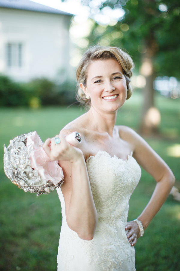 Beauty, Real Weddings, Wedding Style, Makeup, Updo, Southern Real Weddings, Summer Weddings, Classic Real Weddings, Summer Real Weddings, Vineyard Real Weddings, Classic Weddings, Vineyard Weddings