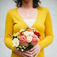 Flowers & Decor, Real Weddings, Wedding Style, gold, Bridesmaid Bouquets, Fall Weddings, Rustic Real Weddings, Fall Real Weddings, Rustic Weddings, Peach, Rose, Bridesmaid bouquet, Autumn Real Wedding, Autumn Weddings, DIY Real Weddings, DIY Weddings, fal weddings