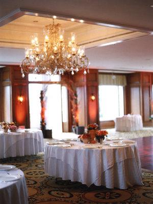 Real Weddings, Tables & Seating, Fall Weddings, West Coast Real Weddings, Fall Real Weddings, Chandeliers
