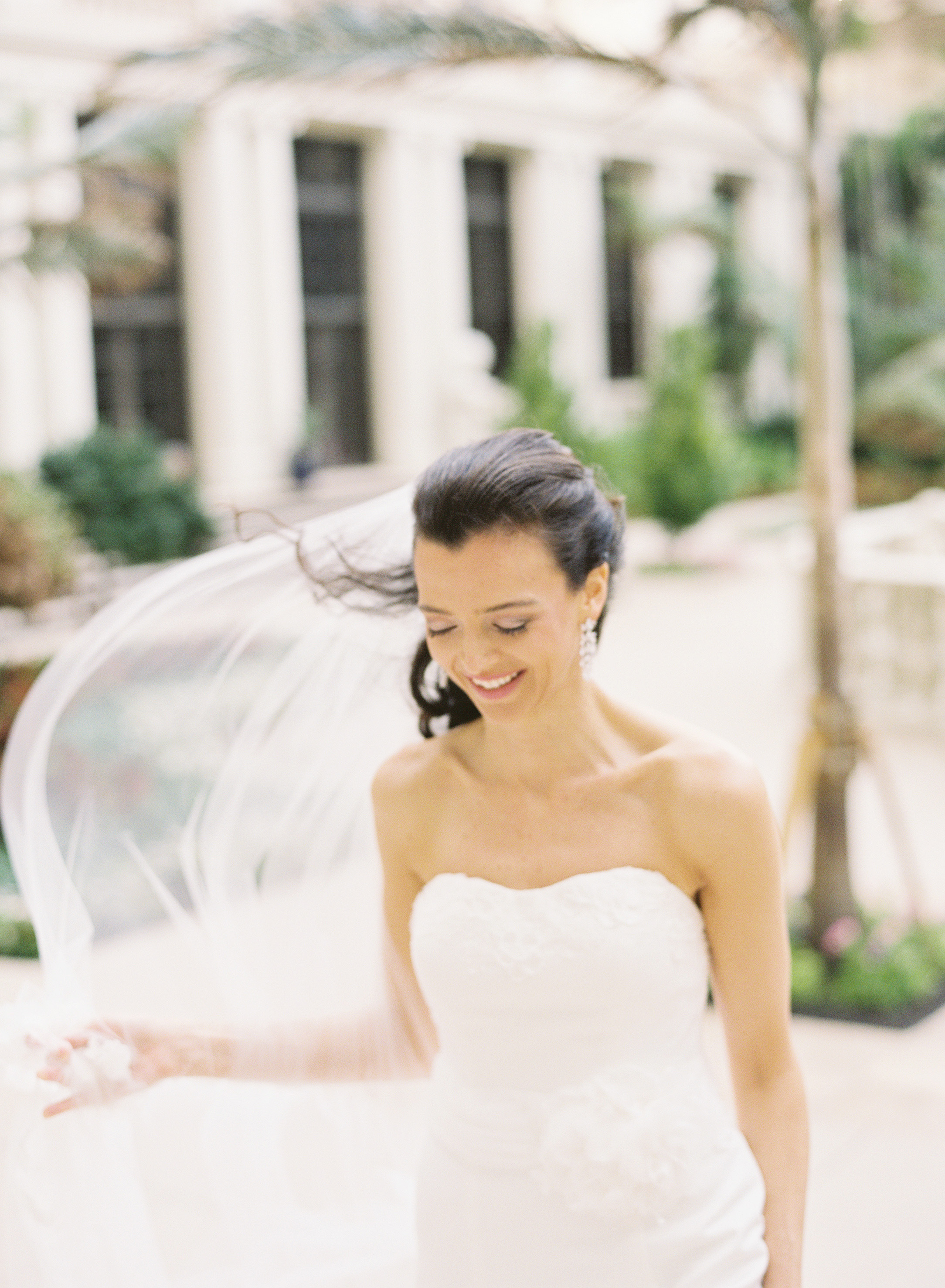 Real Weddings, Classic, Bride, Veil, Elegant, Florida, Wind