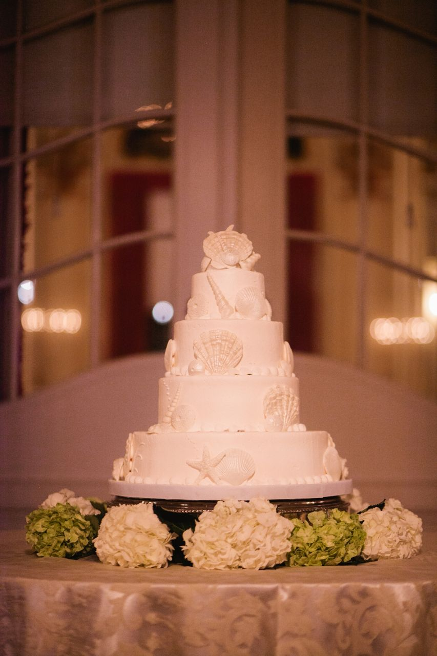 Cakes, Real Weddings, Wedding Style, white, Classic, Round Wedding Cakes, Wedding Cakes, Beach Real Weddings, Southern Real Weddings, Beach Weddings, Classic Weddings, Elegant, Seashells, Florida, Southern weddings, florida real weddings, florida weddings