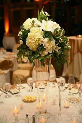 Flowers & Decor, Real Weddings, Wedding Style, Centerpieces, Winter Weddings, Midwest Real Weddings, Winter Real Weddings, Classic Wedding Flowers & Decor, Winter Wedding Flowers & Decor