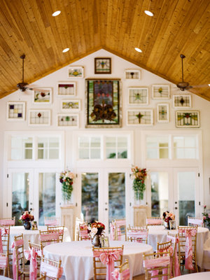 Flowers & Decor, Real Weddings, Wedding Style, white, pink, Tables & Seating, Spring Weddings, Midwest Real Weddings, Spring Real Weddings, Spring Wedding Flowers & Decor