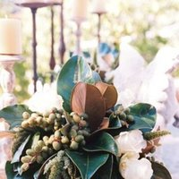 Flowers & Decor, Real Weddings, Wedding Style, green, Centerpieces, West Coast Real Weddings, Classic Real Weddings, Vineyard Real Weddings, Classic Weddings, Vineyard Weddings, Classic Wedding Flowers & Decor