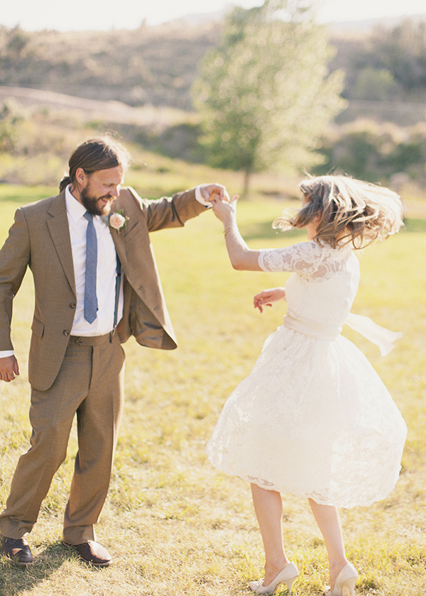 Vintage Wedding Dresses, Fashion, Real Weddings, Wedding Style, brown, Men's Formal Wear, Rustic Real Weddings, Spring Weddings, Midwest Real Weddings, Spring Real Weddings, Vintage Real Weddings, Rustic Weddings, Vintage Weddings, Tan