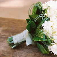 Flowers & Decor, Real Weddings, Wedding Style, white, green, Bridesmaid Bouquets, West Coast Real Weddings, Classic Real Weddings, Vineyard Real Weddings, Classic Weddings, Vineyard Weddings, Classic Wedding Flowers & Decor