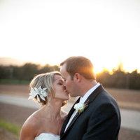 Beauty, Real Weddings, Wedding Style, Updo, Spring Weddings, West Coast Real Weddings, Spring Real Weddings, Vineyard Real Weddings, Vineyard Weddings, Hair flower