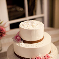 Cakes, Real Weddings, Wedding Style, white, Vineyard Wedding Cakes, Wedding Cakes, Spring Weddings, West Coast Real Weddings, Spring Real Weddings, Vineyard Real Weddings, Vineyard Weddings