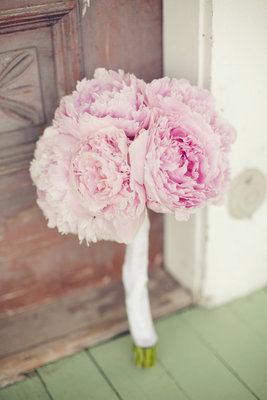 Flowers & Decor, Real Weddings, Wedding Style, pink, Bride Bouquets, Rustic Real Weddings, Southern Real Weddings, Summer Weddings, Summer Real Weddings, Rustic Weddings, Southern weddings