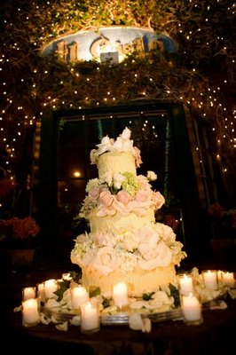 Cakes, Real Weddings, Wedding Style, Classic Wedding Cakes, Floral Wedding Cakes, Wedding Cakes, West Coast Real Weddings, Classic Real Weddings, Classic Weddings