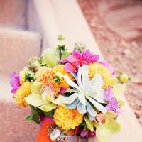 Flowers & Decor, Real Weddings, Wedding Style, orange, pink, Bride Bouquets, Modern Real Weddings, Summer Weddings, West Coast Real Weddings, Summer Real Weddings, Modern Weddings, Modern Wedding Flowers & Decor