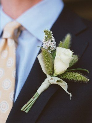 ivory, green, Boutonnieres, Rustic Real Weddings, West Coast Real Weddings, Rustic Weddings