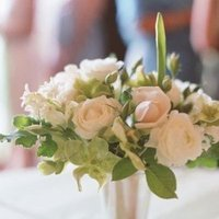 Flowers & Decor, ivory, green, silver, Centerpieces, Rustic Real Weddings, West Coast Real Weddings, Rustic Weddings