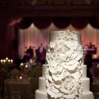 Cakes, Real Weddings, Wedding Style, ivory, Modern, Round Wedding Cakes, Wedding Cakes, West Coast Real Weddings, Classic Real Weddings, Classic Weddings, West Coast Weddings, Monochromatic Wedding, contemporary cake