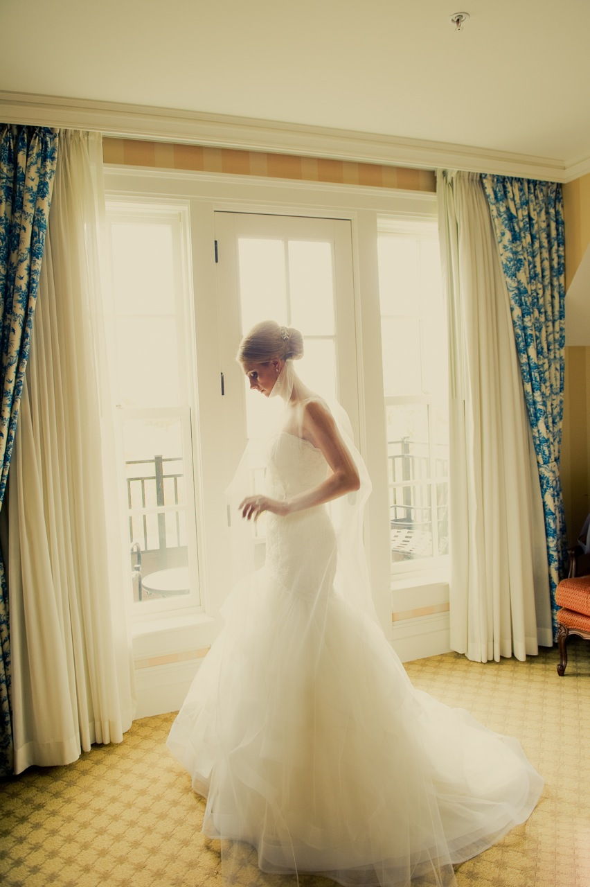 Beauty, Veils, Fashion, Real Weddings, white, Updo, Modern Real Weddings, Midwest Real Weddings, Modern Weddings, michigan weddings, michigan real weddings