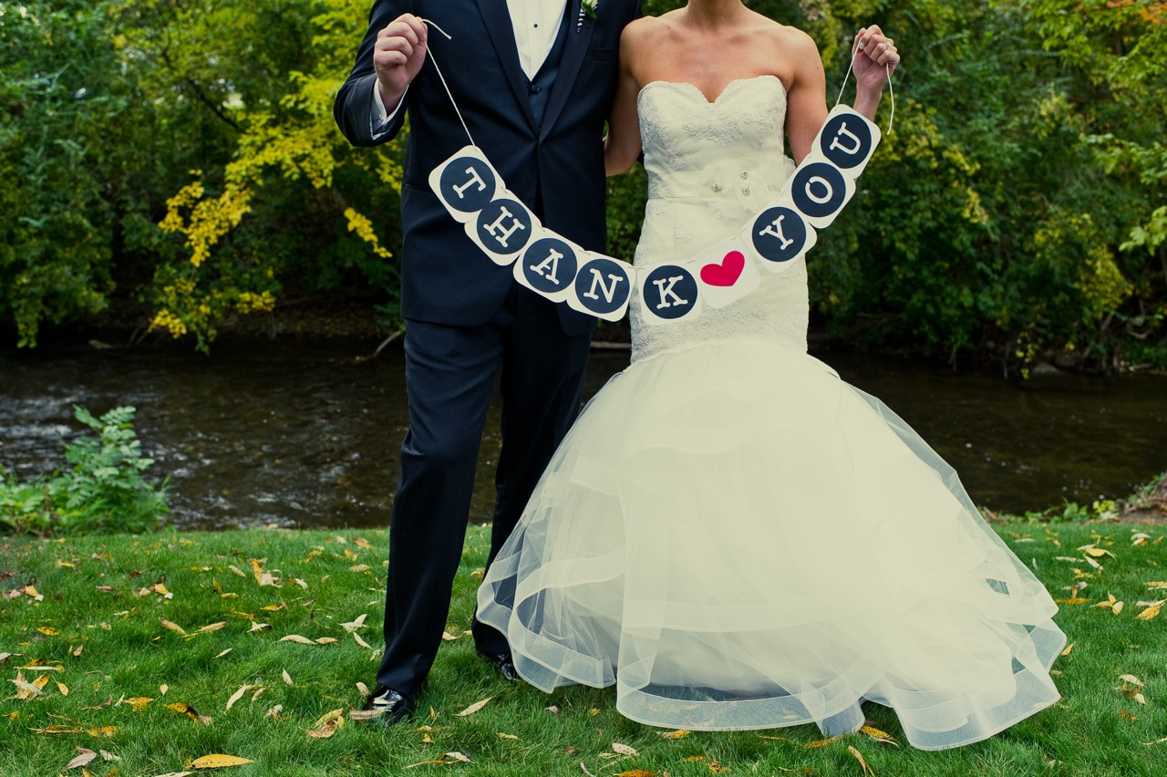 Real Weddings, Modern Real Weddings, Midwest Real Weddings, Modern Weddings, Signs