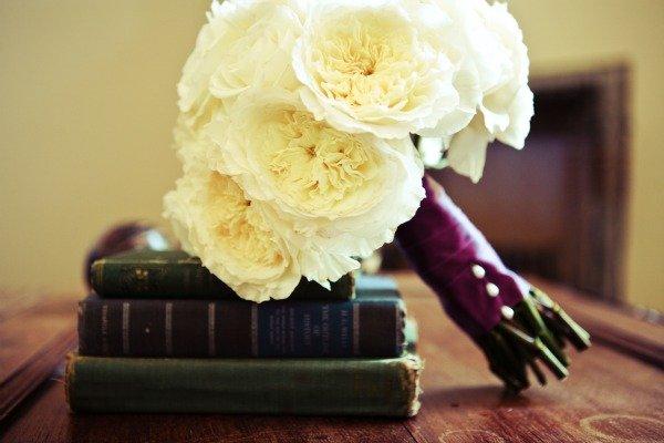 Flowers & Decor, Real Weddings, Wedding Style, white, Bride Bouquets, Summer Weddings, West Coast Real Weddings, Summer Real Weddings, Vintage Wedding Flowers & Decor