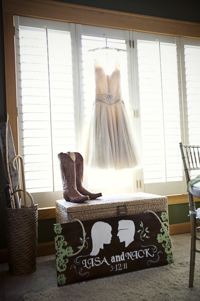 Fashion, Real Weddings, Wedding Style, Fall Weddings, Rustic Real Weddings, Southern Real Weddings, Fall Real Weddings, Rustic Weddings, wedding shoes, Short Wedding Dresses