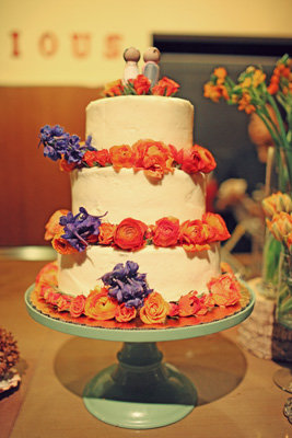 Cakes, Real Weddings, Wedding Style, Floral Wedding Cakes, Wedding Cakes, Modern Real Weddings, Summer Weddings, West Coast Real Weddings, Summer Real Weddings, Modern Weddings