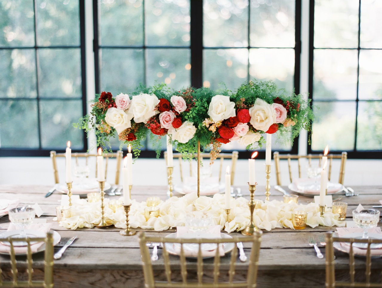 West Coast Decorating Style Classic Florals And Draped Deflexus Floated Over A Tabletop Of