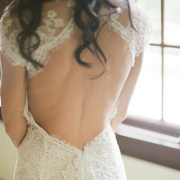 Real Weddings, Lace, Elegant, Back, Glamorous, Bridal gown, Monique lhuillier, Old hollywood, Jessica Lorren Organic Photography