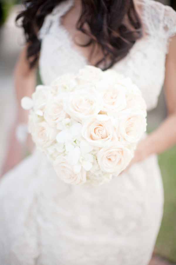 Flowers & Decor, Real Weddings, Wedding Style, ivory, Bride Bouquets, Classic Weddings, Classic Wedding Flowers & Decor, Spring Wedding Flowers & Decor, Summer Wedding Flowers & Decor, Elegant, bridal bouquet, Glamorous, Old hollywood, Jessica Lorren Organic Photography