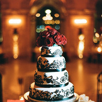 Cakes, Real Weddings, Wedding Style, white, red, black, Classic, Wedding Cakes, Classic Real Weddings, Classic Weddings, Roses, Elegant, Glamorous, Old hollywood, Jessica Lorren Organic Photography