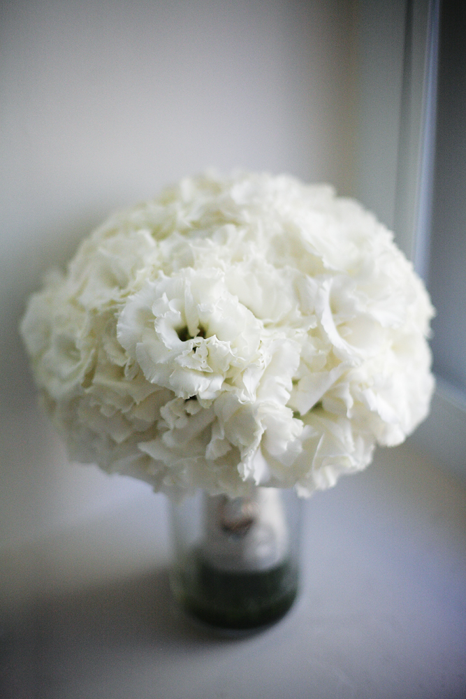 Flowers & Decor, Real Weddings, ivory, Elegant, bridal bouquet, Chic, Gladiolas, Sophisticated, Northeast weddings, washington dc real weddings, washington dc weddings