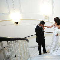 Real Weddings, ivory, Elegant, First look, Staircase, Chic, Sophisticated, Northeast weddings, washington dc real weddings, washington dc weddings