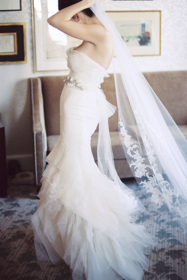 Veils, Fashion, Real Weddings, Wedding Style, white, Winter Weddings, Classic Real Weddings, Midwest Real Weddings, Winter Real Weddings, Classic Weddings