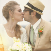 Real Weddings, Wedding Style, Spring Weddings, West Coast Real Weddings, Garden Real Weddings, Spring Real Weddings, Vintage Real Weddings, Garden Weddings, Vintage Weddings