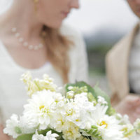 Flowers & Decor, Real Weddings, Wedding Style, white, Bride Bouquets, Spring Weddings, West Coast Real Weddings, Garden Real Weddings, Spring Real Weddings, Vintage Real Weddings, Garden Weddings, Vintage Weddings, Garden Wedding Flowers & Decor, Spring Wedding Flowers & Decor