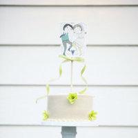 Cakes, Real Weddings, Wedding Style, Cupcakes, Spring Weddings, West Coast Real Weddings, Garden Real Weddings, Spring Real Weddings, Vintage Real Weddings, Garden Weddings, Vintage Weddings