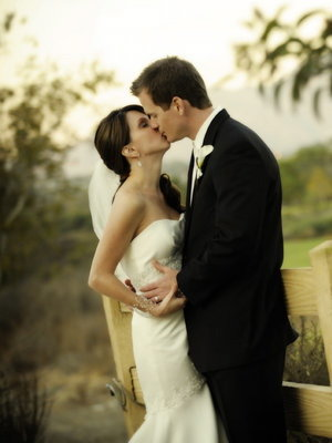 Real Weddings, Wedding Style, ivory, Fall Weddings, West Coast Real Weddings, Classic Real Weddings, Fall Real Weddings, Classic Weddings