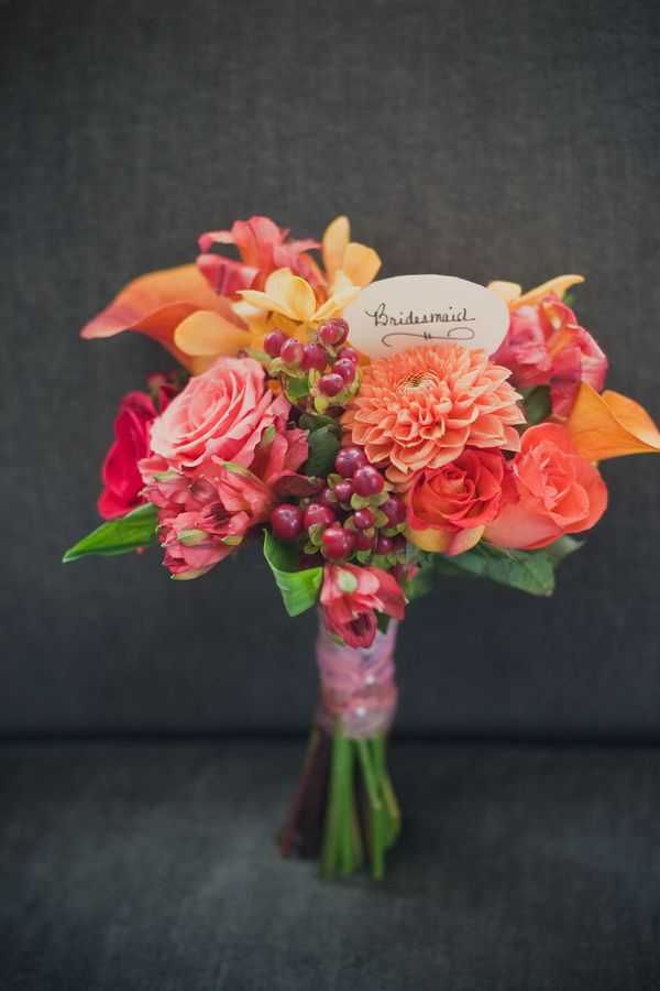 Flowers & Decor, Real Weddings, Wedding Style, orange, pink, Bride Bouquets, Modern Real Weddings, Summer Weddings, Summer Real Weddings, Modern Weddings, Modern Wedding Flowers & Decor, Summer Wedding Flowers & Decor