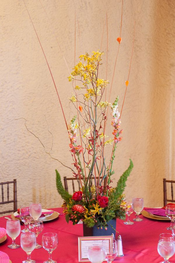 Flowers & Decor, Real Weddings, Wedding Style, Centerpieces, Modern Real Weddings, Summer Weddings, Summer Real Weddings, Modern Weddings, Modern Wedding Flowers & Decor, Summer Wedding Flowers & Decor