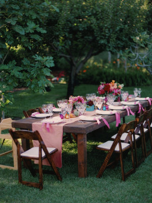 Flowers & Decor, Real Weddings, Wedding Style, pink, brown, Centerpieces, Tables & Seating, Summer Weddings, West Coast Real Weddings, Summer Real Weddings, Summer Wedding Flowers & Decor
