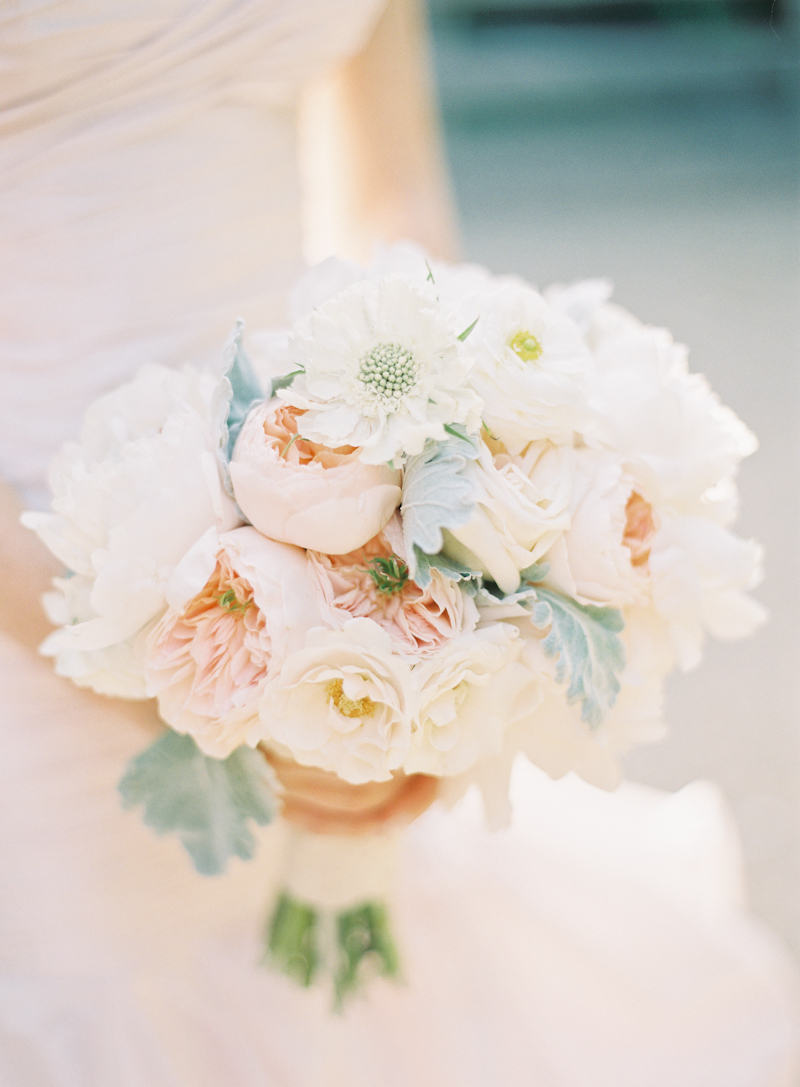 Flowers & Decor, Real Weddings, pink, Summer Weddings, Summer Real Weddings, Peach, Same sex wedding, Bridal Bouquets, Same Sex Real Weddings, Romantic Real Weddings, Romantic Weddings, Gay Real Weddings, Gay Weddings, Texas Real Weddings, Texas Weddings
