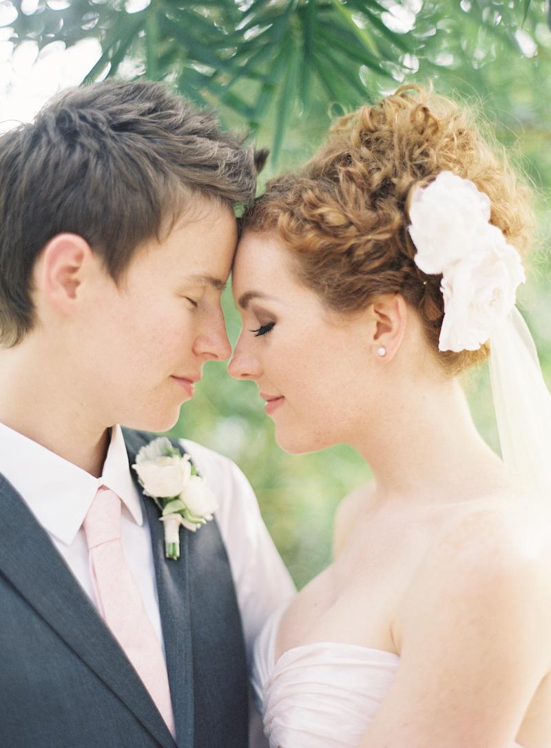 Real Weddings, Summer Weddings, Summer Real Weddings, Fascinator, Same sex wedding, Same Sex Real Weddings, Romantic Real Weddings, Romantic Weddings, Gay Real Weddings, Gay Weddings, Texas Real Weddings, Texas Weddings