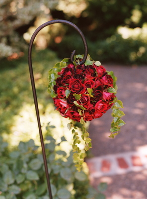 Flowers & Decor, Real Weddings, red, Aisle Decor, West Coast Real Weddings, Classic Real Weddings, Vineyard Real Weddings, Classic Weddings, Classic Wedding Flowers & Decor