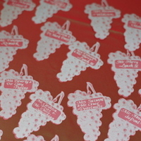 Real Weddings, red, Escort Cards, West Coast Real Weddings, Classic Real Weddings, Vineyard Real Weddings, Classic Weddings