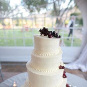 Cakes, Wedding Style, ivory, Modern Wedding Cakes, Round Wedding Cakes, Vineyard Wedding Cakes, Wedding Cakes, Cake Toppers, West Coast Real Weddings