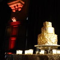 Cakes, Real Weddings, Wedding Style, gold, Wedding Cakes, Classic Real Weddings, Glam Real Weddings, Classic Weddings, Destination, Glamorous, Formal, Dramatic, Gold wedding cake, Hollywood Glam Real Weddings, florida real weddings, florida weddings