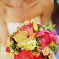 Flowers & Decor, Real Weddings, Wedding Style, pink, Bride Bouquets, Summer Weddings, West Coast Real Weddings, Summer Real Weddings, Summer Wedding Flowers & Decor