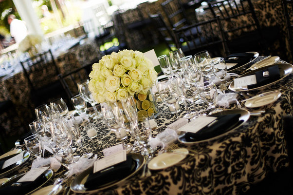 Flowers & Decor, Real Weddings, Wedding Style, Tables & Seating, Modern Real Weddings, Glam Real Weddings, Glam Weddings, Modern Weddings, Glam Wedding Flowers & Decor, Modern Wedding Flowers & Decor, Damask